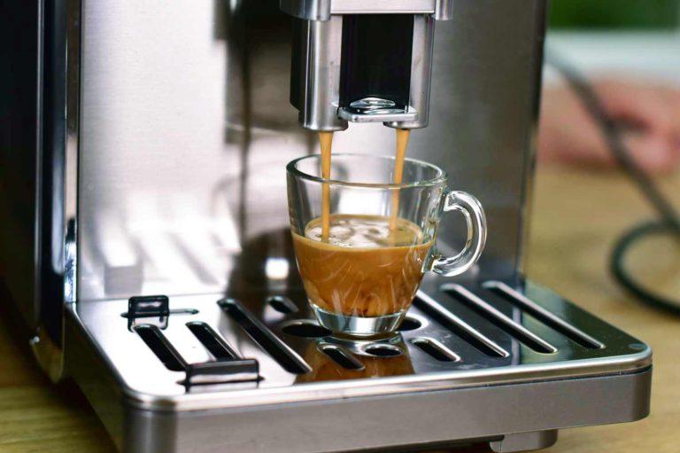Espresso aus Kaffeevollautomat