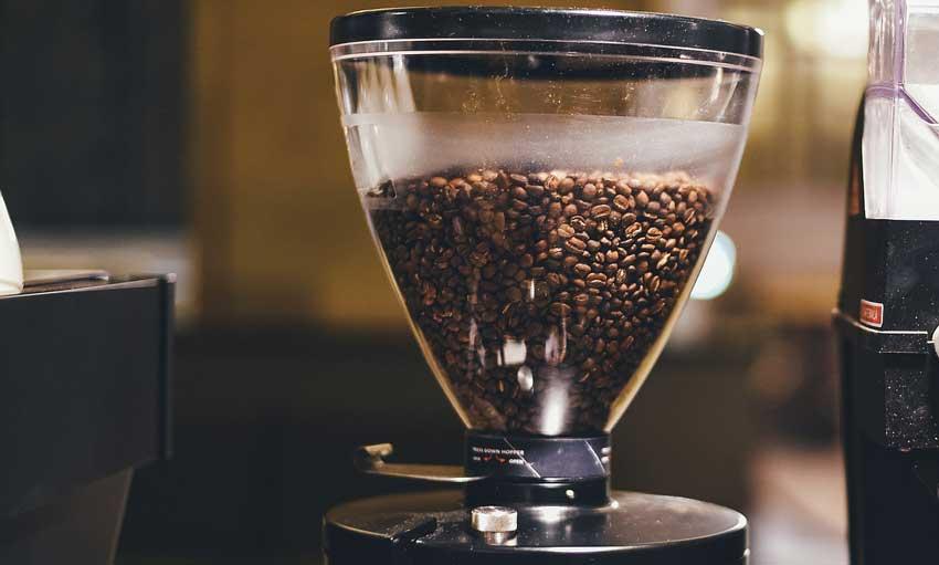 Espressokocher Kaffee mahlen