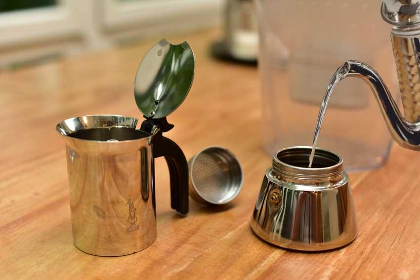 Zubereitungstipps Espressokocher Wasser vorheizen